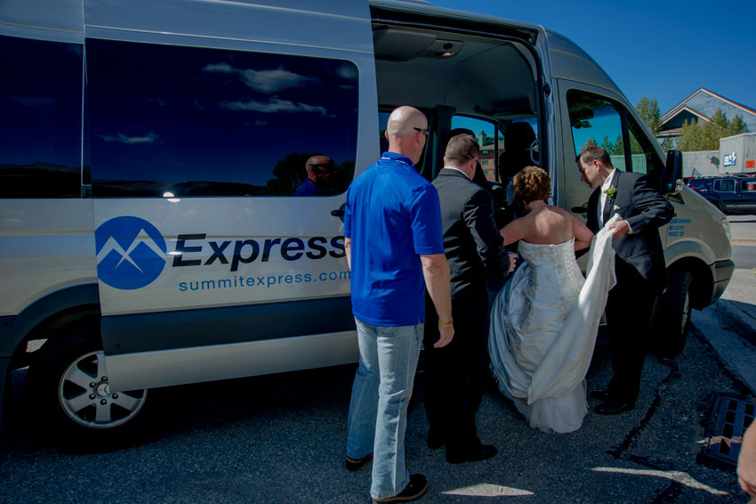 summit county wedding limo service