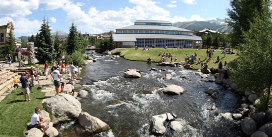 Riverwalk Center in Summer