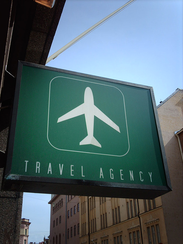 Travel Agencies makin' it easy - Summit Express